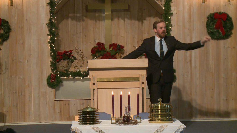 Den korsfestede Kristus midt iblant oss